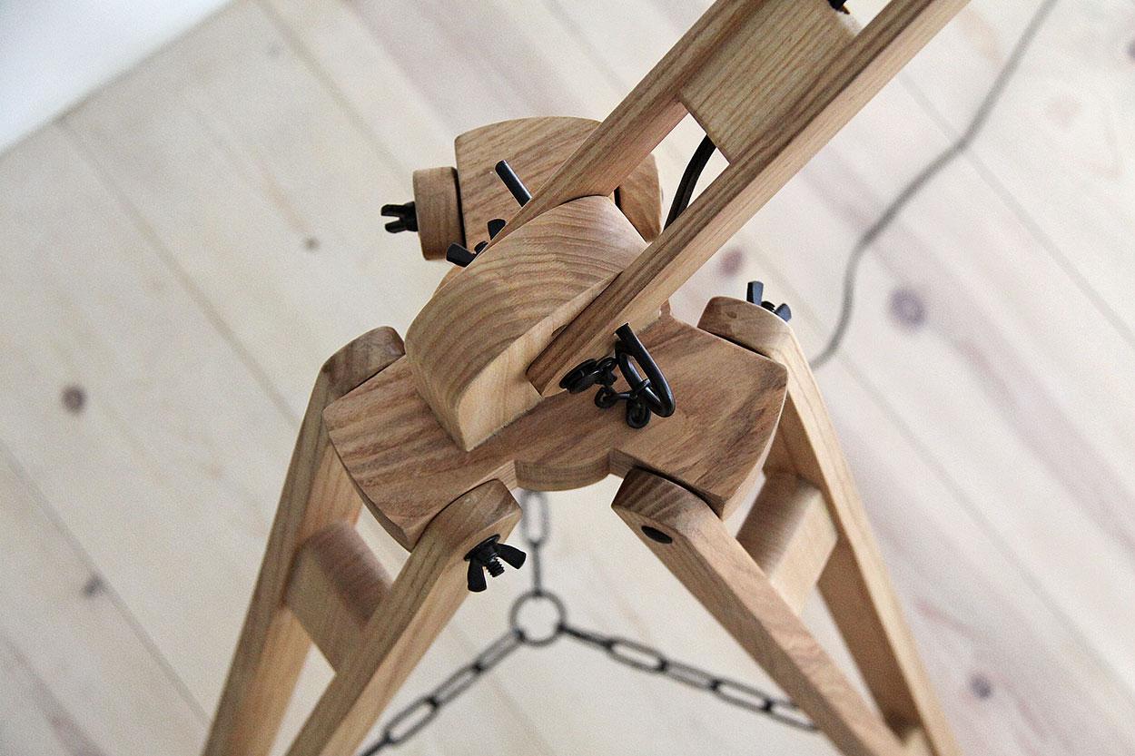 木の照明器具